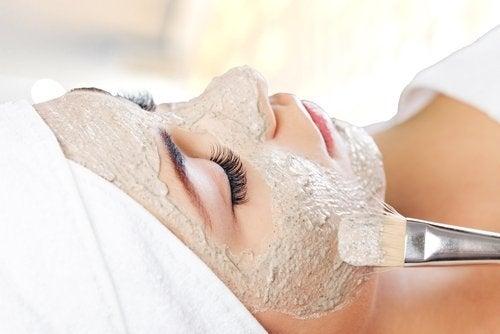 Masques pour rajeunir sans chirurgie esthétique