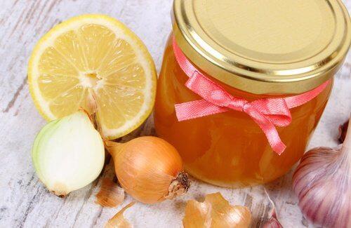 remède miel oignon
