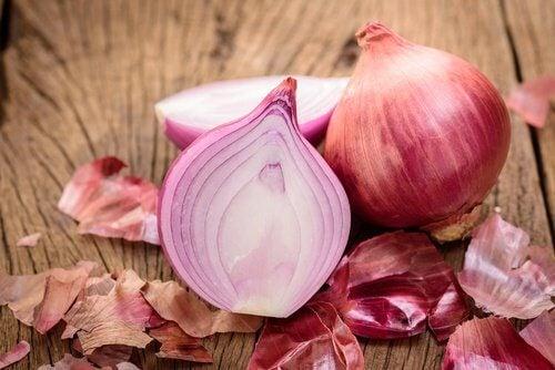 Les aliments diurétiques pour une alimentation saine : l'oignon