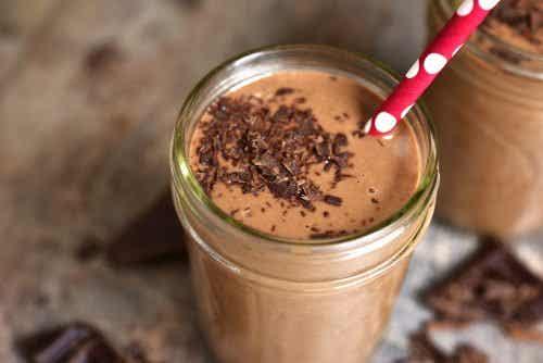 5 raisons de ne pas donner de milk-shake au chocolat à vos enfants