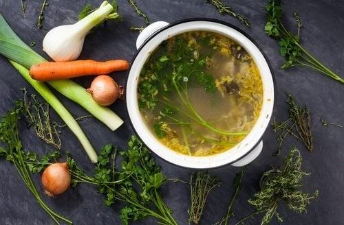 Recettes de bouillons de légumes pour perdre du poids