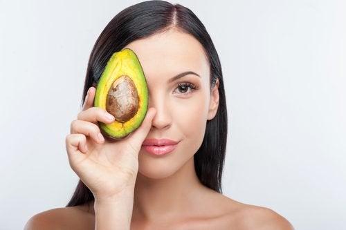 10 aliments miraculeux pour hydrater la peau de l'intérieur