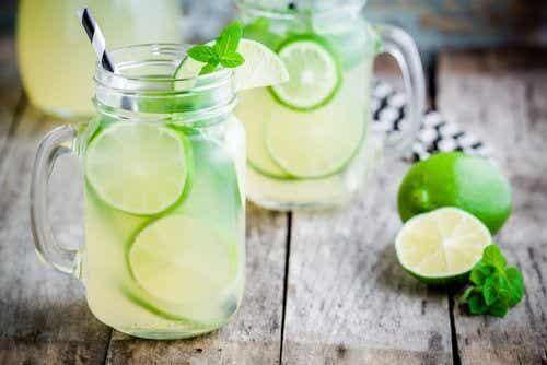 9 délicieuses limonades maison et leurs bienfaits pour la santé