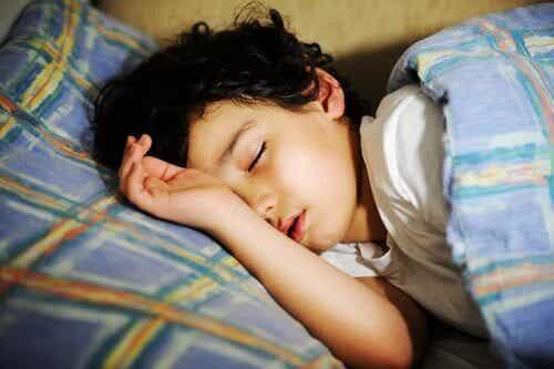 Ne pas bien dormir à l'âge préscolaire peut provoquer des problèmes de comportement futurs