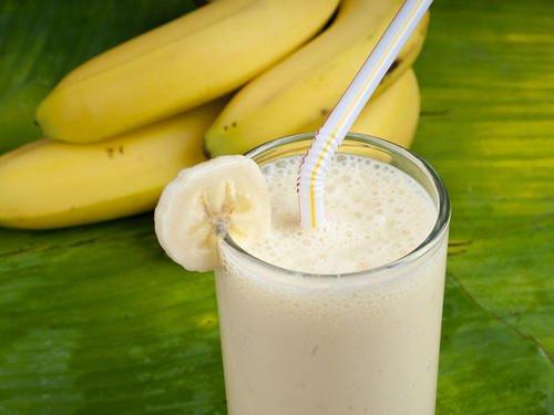 La banane et le yaourt nature pour nettoyer les déchts du colôn