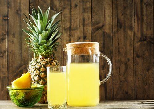 boisson à la peau d'ananas
