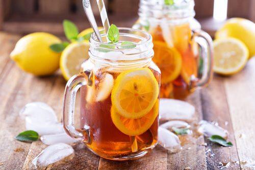 infusion au citron pour lutter contre la mauvaise digestion