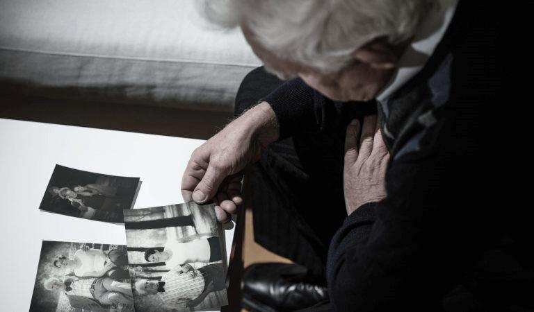 étapes de la vie de la vieillesse.
