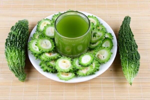 remèdes naturels pour réduire l'hypertension : courge amère