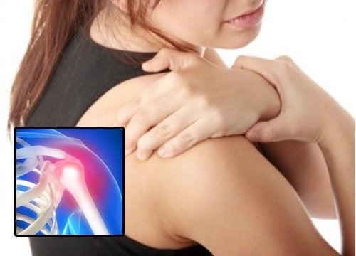 étirements pour soulager la tendinite de l'épaule
