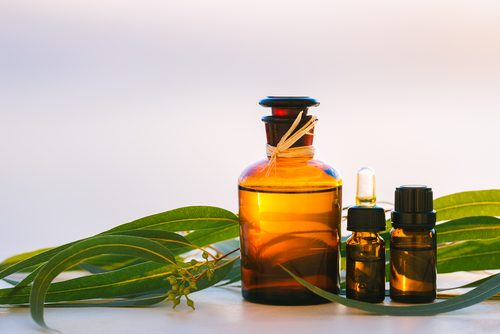 Des huiles pour la peau.