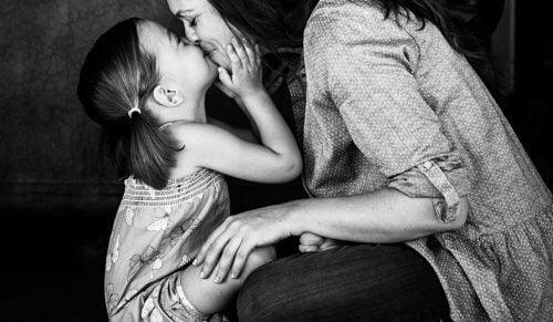 Pour les mères qui, malgré les chutes, n'ont jamais perdu leurs couronnes
