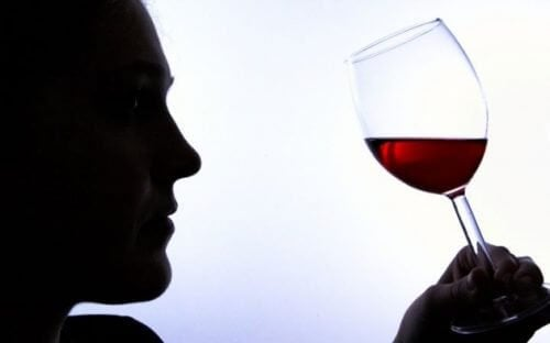 6 signes d'addiction à l'alcool