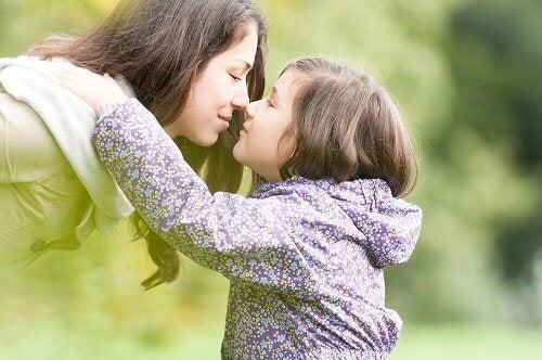 enfants et les frais que cela comporte, économie des parents