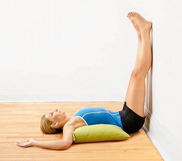 Exercices pour les douleurs dans les jambes.