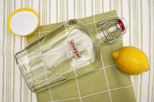 Le vinaigre blanc pour désinfecter le réfrigérateur