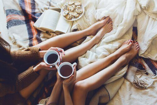 éliminer le stress avec les amies