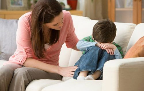 détecter les pédophiles, les parents doivent contrôler les réseaux sociaux