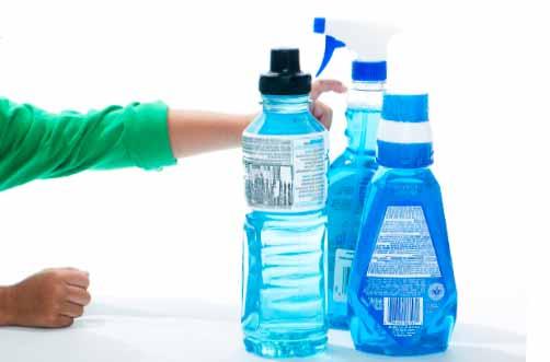 les bouteilles en plastique peuvent contenir des bactéries