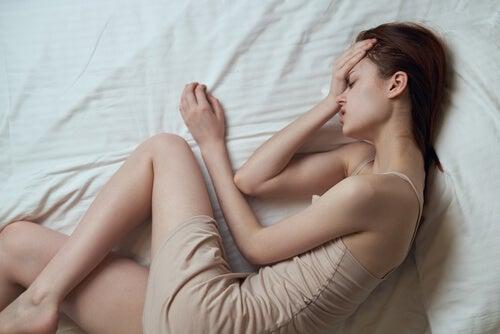 Troubles menstruels et flux trop important.