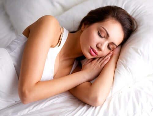 Femme qui se repose