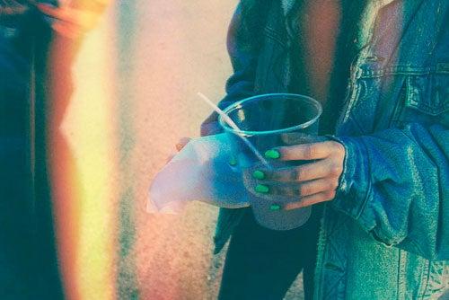 une personne passive-agressive souffre d'addiction