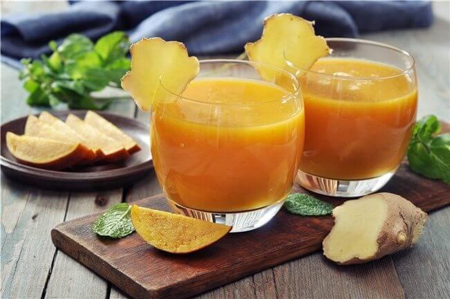 smoothie spécial mangue et aloe vera pour nettoyer le côlon