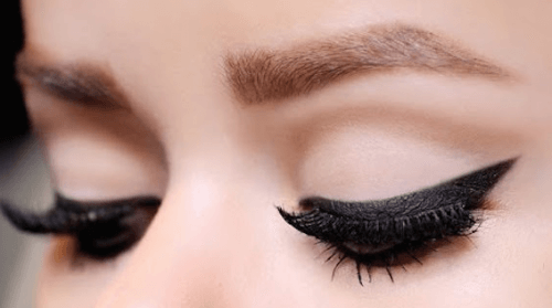 11 conseils pour souligner les yeux