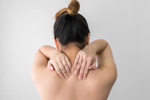Faiblesse musculaire et osseuse dues à une carence en vitamines D