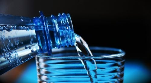 4 secrets sur les bouteilles d'eau en plastique