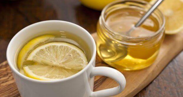 remèdes naturels contre la gorge irritée : citron et miel