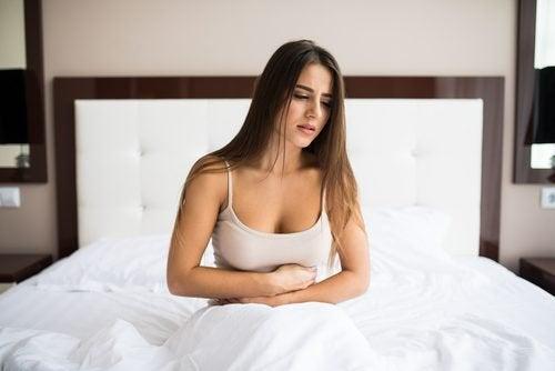 Femme constipée