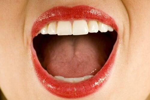 Quelle est la cause du goût de métal dans la bouche ?