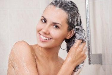 Utiliser de l'après shampoing.