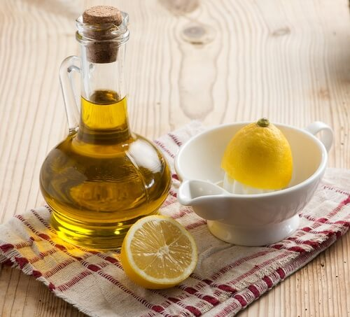 Comment préparer ce remède à base de zeste de citron et d'huile d'olive contre la douleur ?