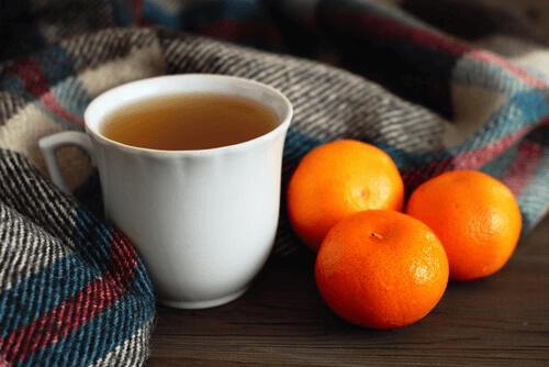 infusion de mandarine pour réduire le stress de manière naturelle