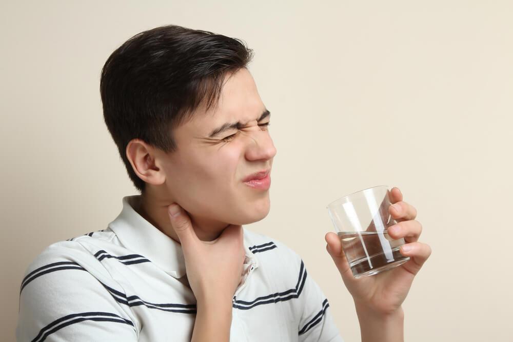 les douleurs provoquées par le cancer de langue