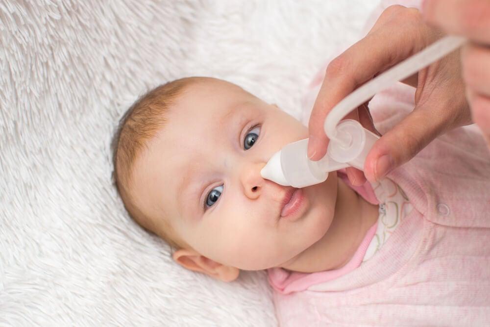 Pourquoi on ne doit pas utiliser Vicks VapoRub chez les bébés : congestion nasale