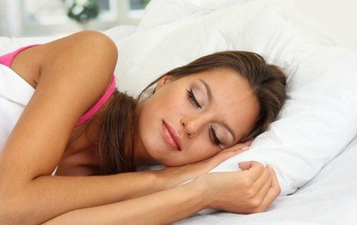 Le sommeil pour l'acné.