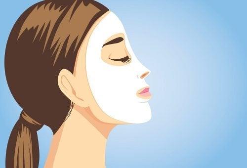 5 masques faciaux pour avoir un visage radieux en un instant