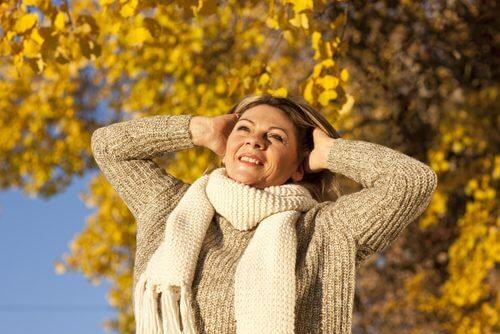 Des astuces pour être heureuse et en bonne santé pendant la ménopause