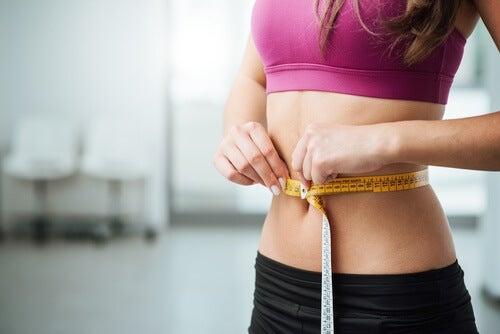 La marche permet la perte de poids.