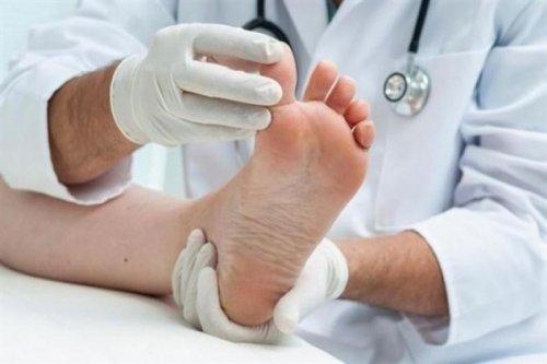 Écartez les doigts de pieds pour les renforcer
