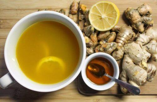 ce sirop maison de miel et de gingembre contre le rhume