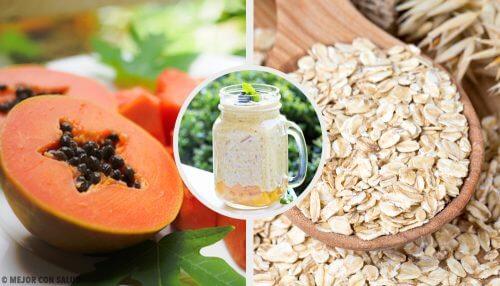 Smoothie à la papaye, à la pomme et à l'avoine pour équilibrer le système digestif