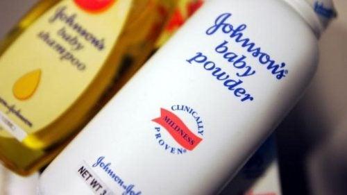 Johnson & Johnson devra payer 417 millions de dollars pour un cancer lié au talc