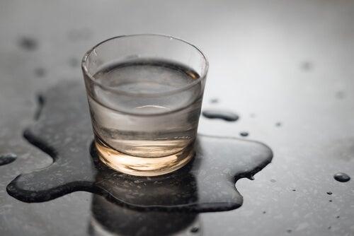 Boire plus d'eau quand on a faim.