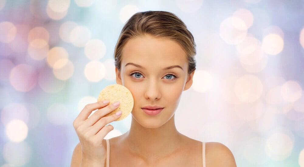 la stéatose hépatique peut impliquer un changement de la couleur de peau