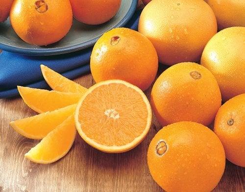 les oranges pour des cheveux brillants