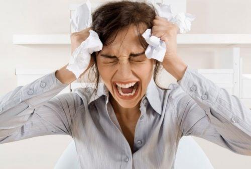 stress chronique et la chute des cheveux